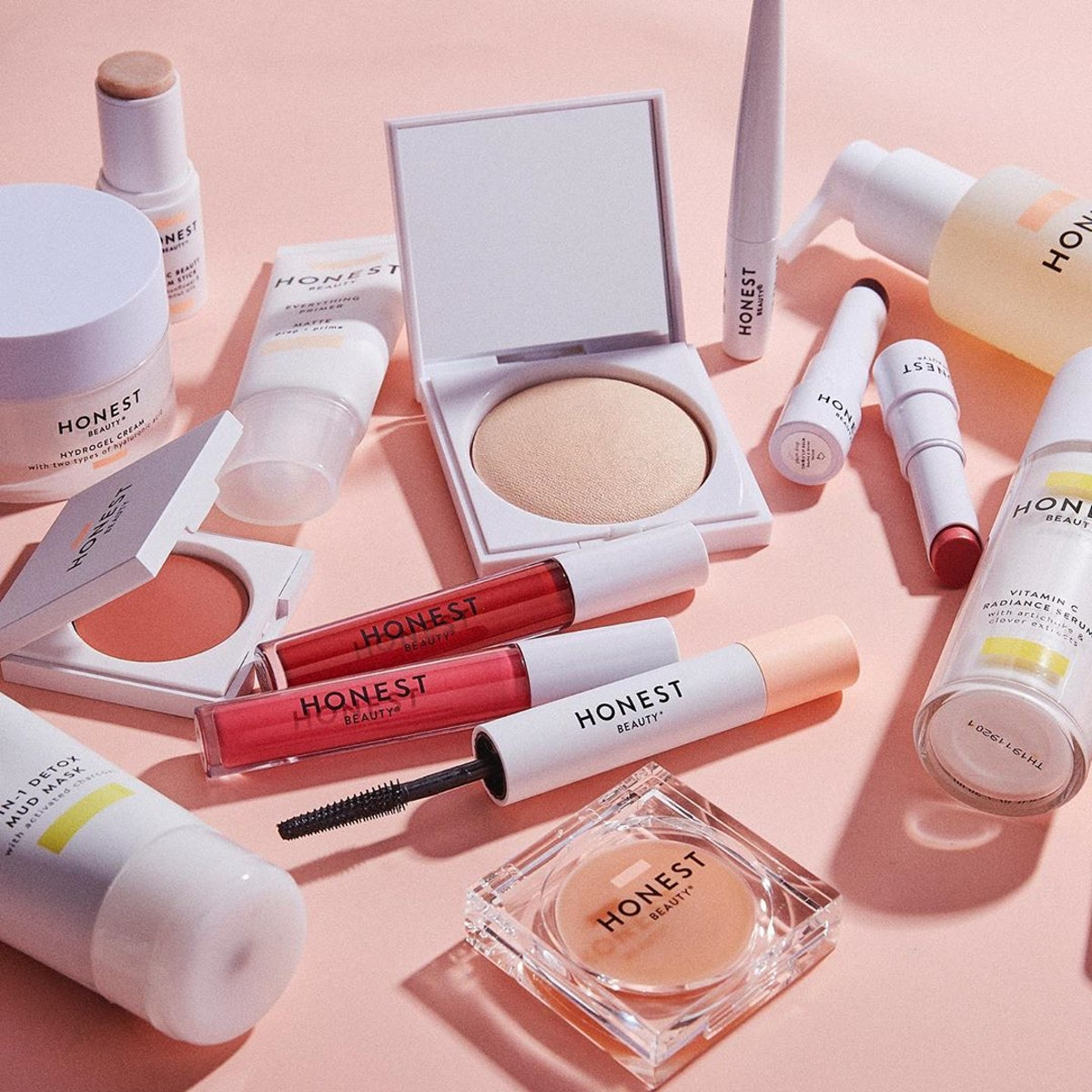 Honest Beauty's Memorial Day sale includes skin care, makeup, and self-care essentials