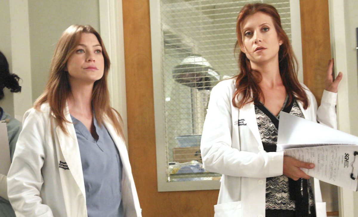 Ellen Pompeo and Kate Walsh paid tribute to an iconic 'Grey's Anatomy' scene.