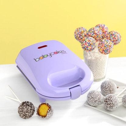 Babycakes Mini Cake Pop Maker