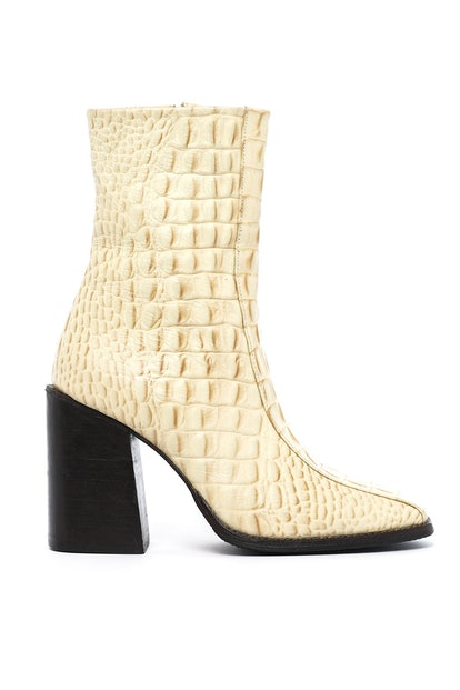Azumi Boots Cream Croc