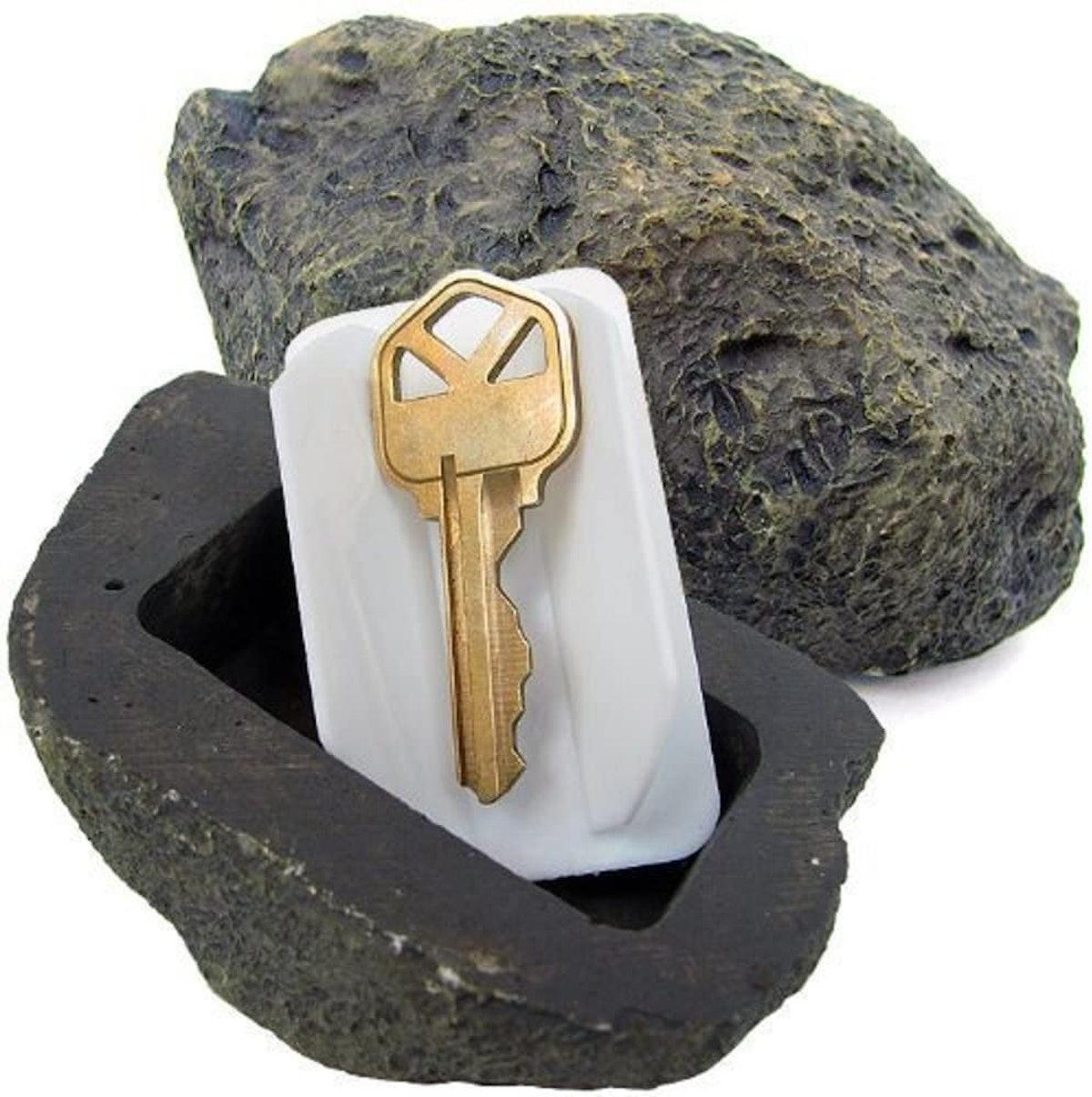 Vanitek RamPro Hide-a-Spare-Key Fake Rock