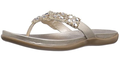 Kenneth Cole REACTION Women's Glam-athon Thong Sandal