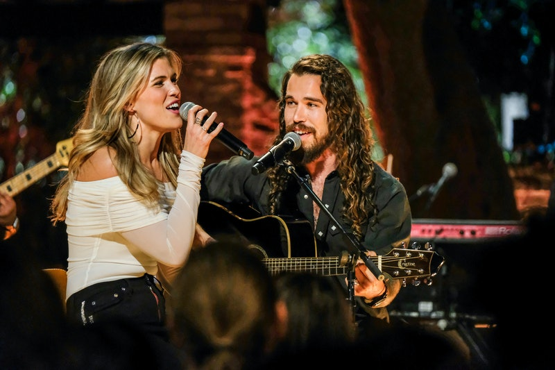 Sheridan and Julia The Bachelor: Listen to Your Heart