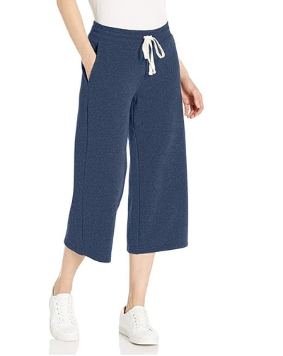 Amazon Essentials Wide-Leg Crop Sweatpant