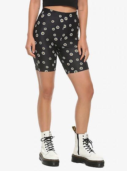 Hot Topic Skull Daisies Girls Bike Shorts