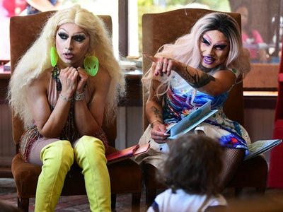 Two drag queens at a drag queen story hour