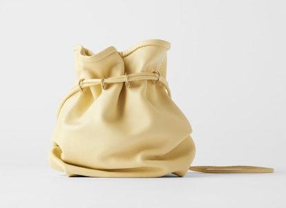 DOUBLE STRAP BUCKET BAG