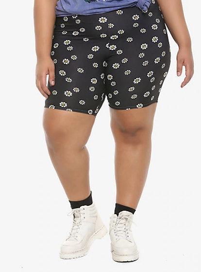 Hot Topic Skull Daisies Plus Girls Biker Shorts