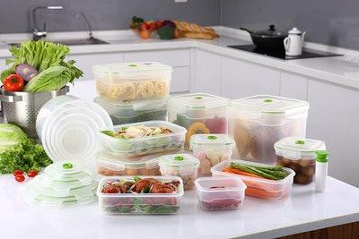 Lasting Freshness Vacuum Seal Food Storage Containers (Set of 9)