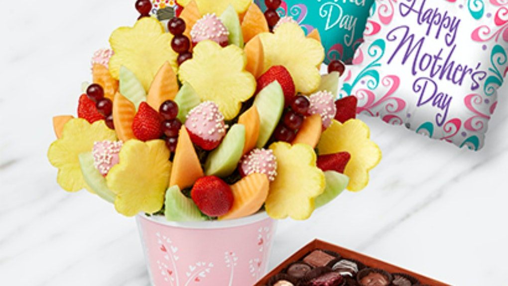Is it safe to send an Edible Arrangement for Mother's Day? Here's what an expert says.