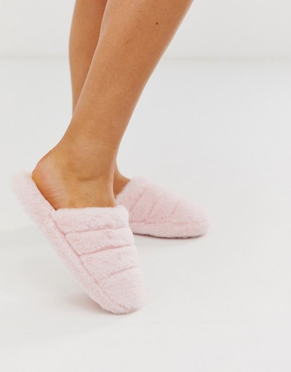 ASOS Design Zoe Quilted Slider Slippers in Pale Pink