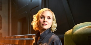 """'Picard' star Alison Pill talks Coldplay fan-fic and the """"subway pervert"""" rule"""