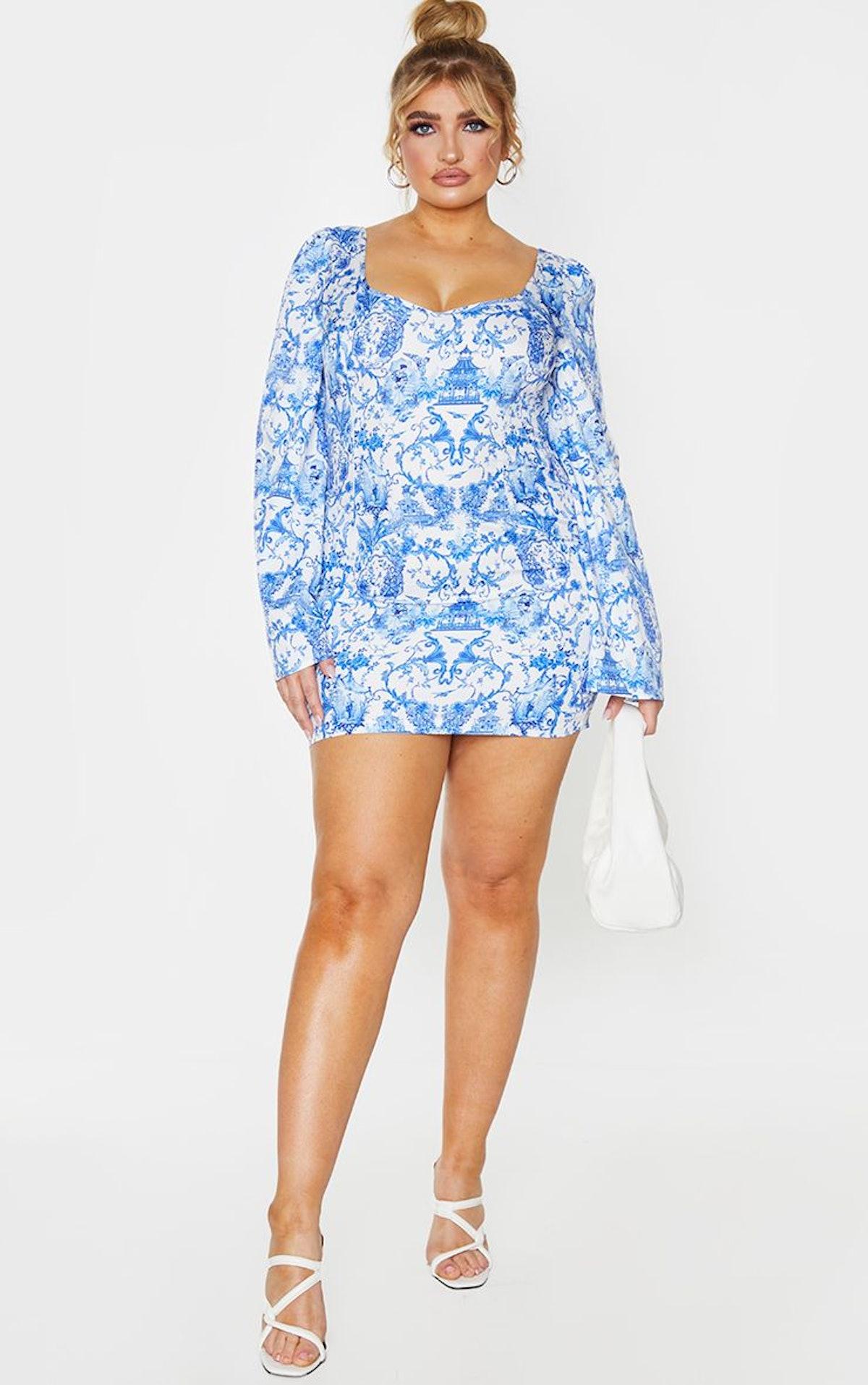 PrettyLittleThing Plus Blue Porcelain Print Satin Lace Up Back Bodycon Dress
