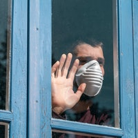 Quarantine with friends? 5 tips experts say to consider