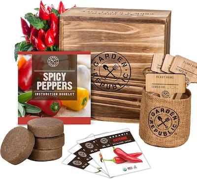 Garden Republic Indoor Garden Pepper Seed Starter Kit