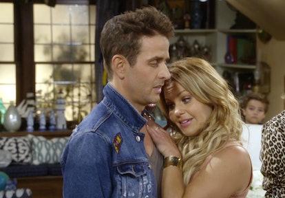 Joey McIntyre & Candace Cameron Bure in 'Fuller House' Season 2