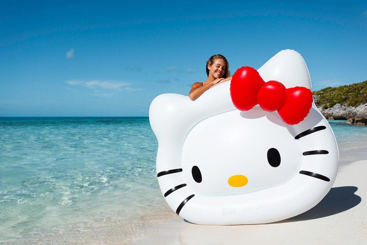 Giant Hello Kitty