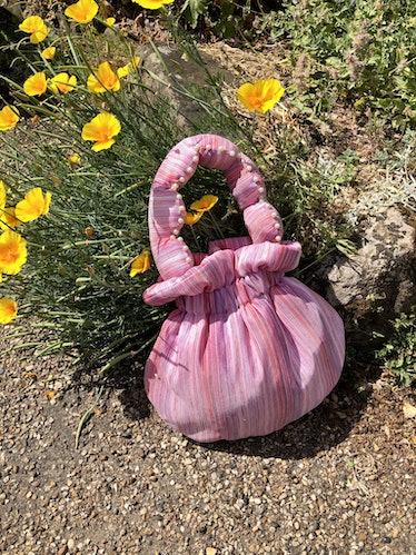 Flat Fifteen Pink Stripe Scallop Handle Bag