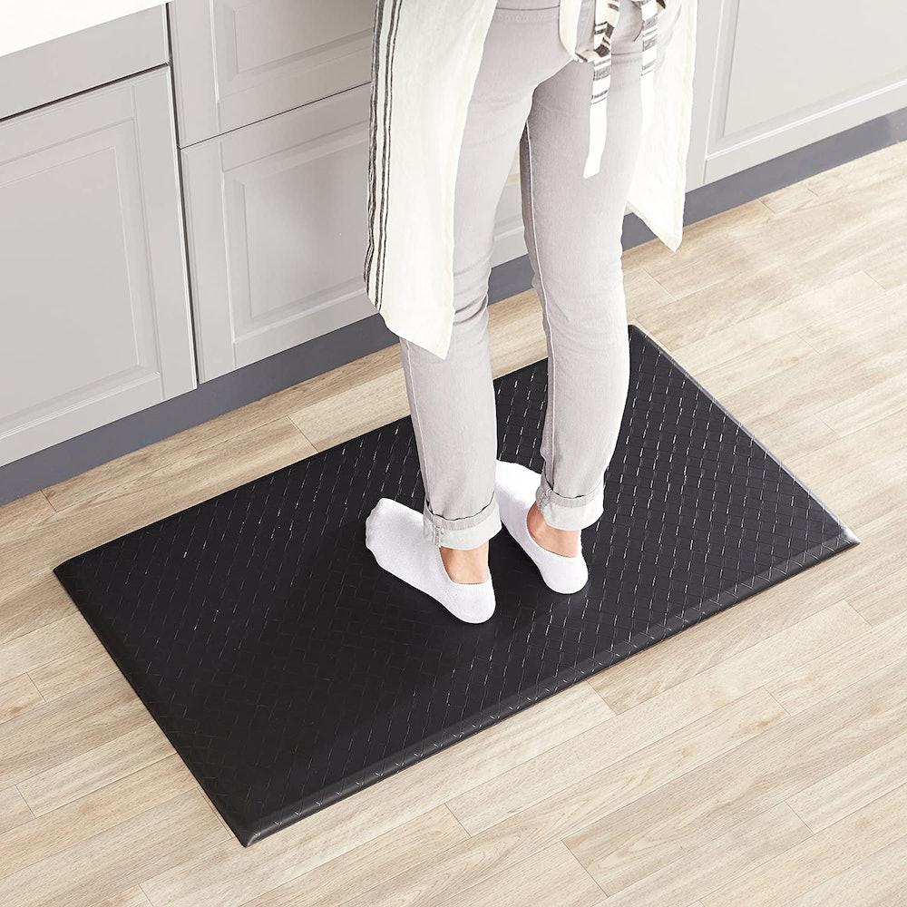 AmazonBasics Premium Anti-Fatigue Standing Comfort Mat