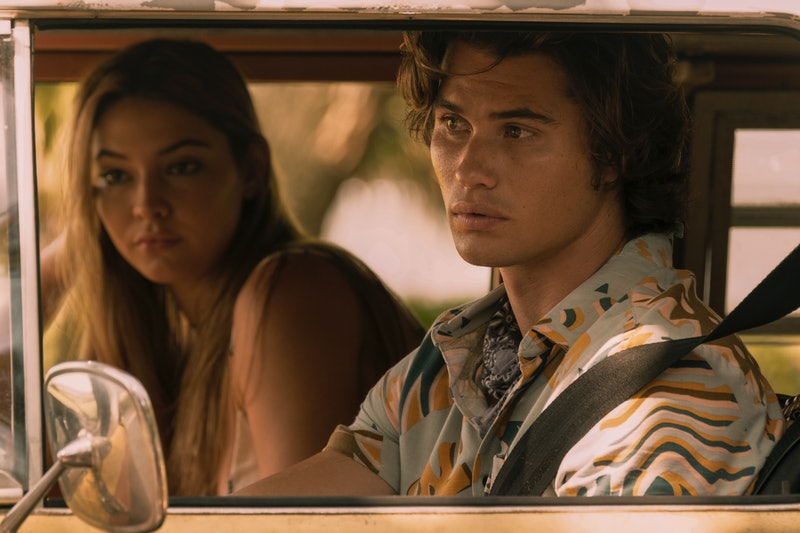 Chase Stokes & Madelyn Cline in 'Outer Banks' (via Netflix press site)