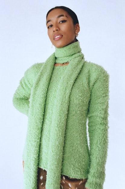 FRS Annie Knit Sweater & Scarf Set