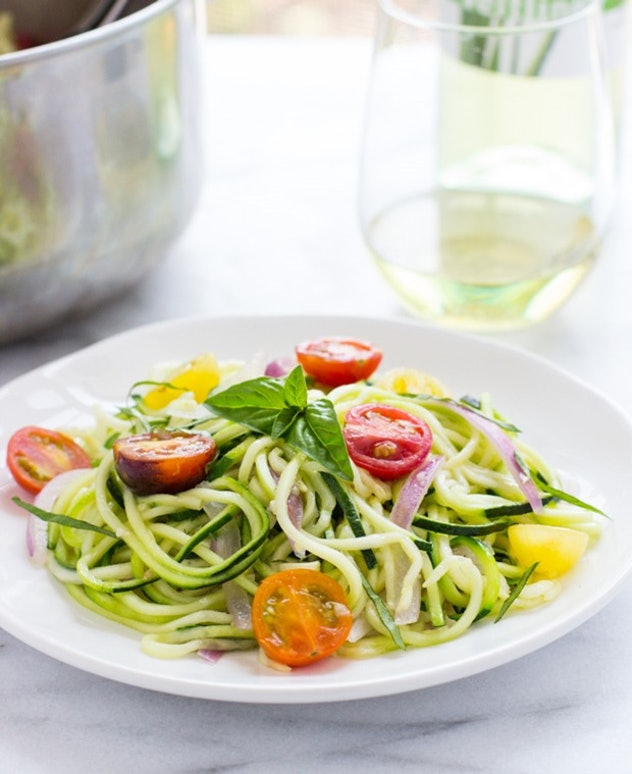 One-pot zucchini pasta is a tasty on-pot meal without pasta to make.