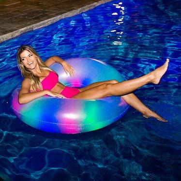 Illuminated Color Changing Pool Tube