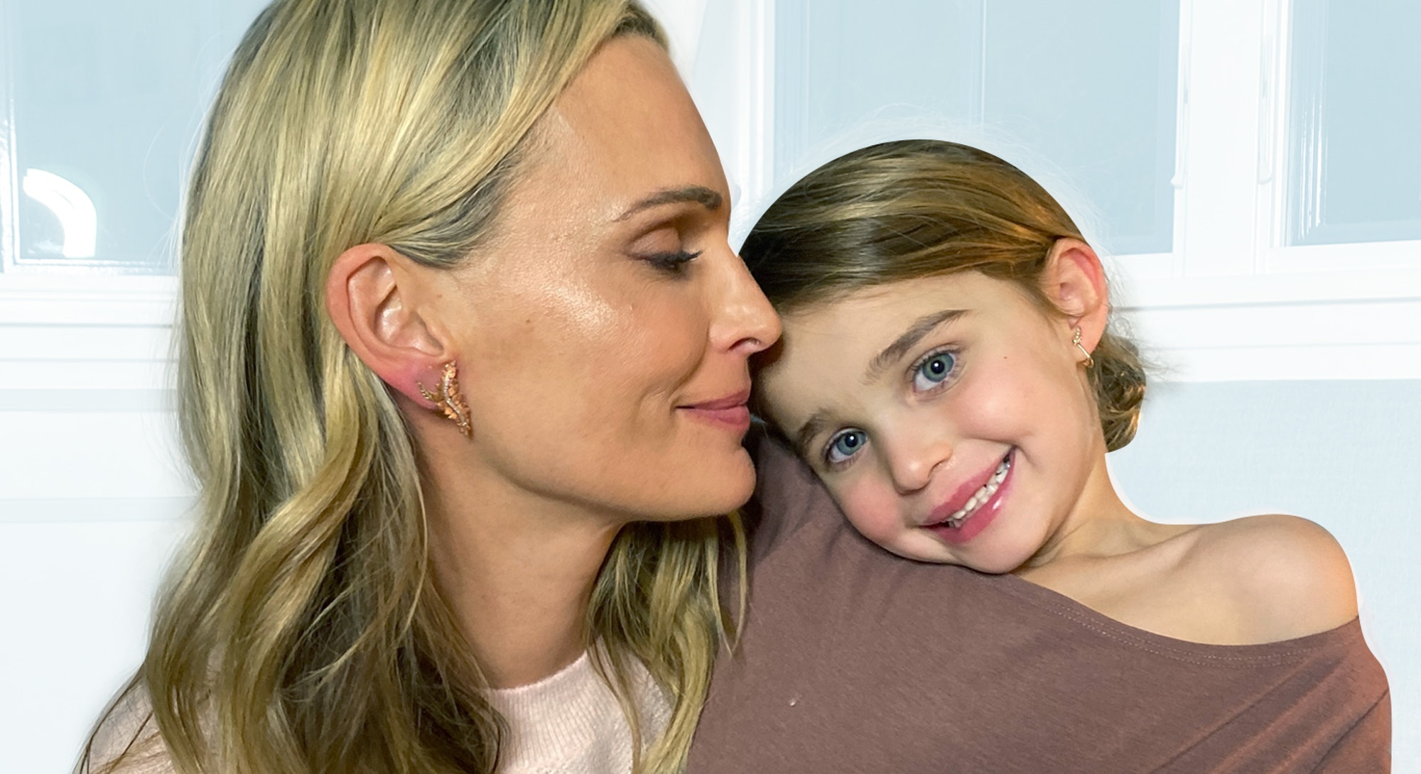Molly Sims with her daughter