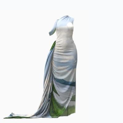 Mái Maxi Dress