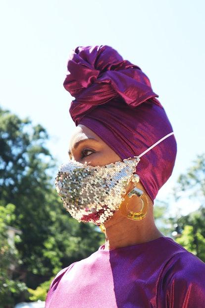 GO GOLD Sequins Mask