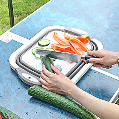 QiMH Collapsible Cutting Board with Colander