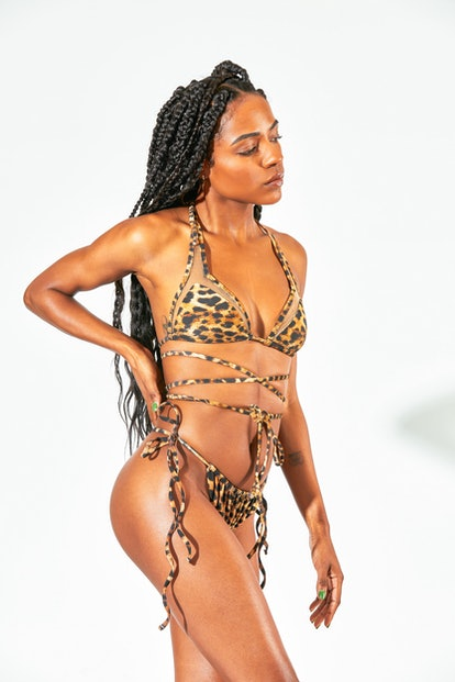 Cut Out String Kini 2.0
