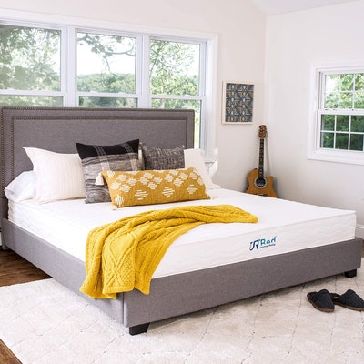 Sunrising Bedding 8-Inch Latex Hybrid Queen Mattress