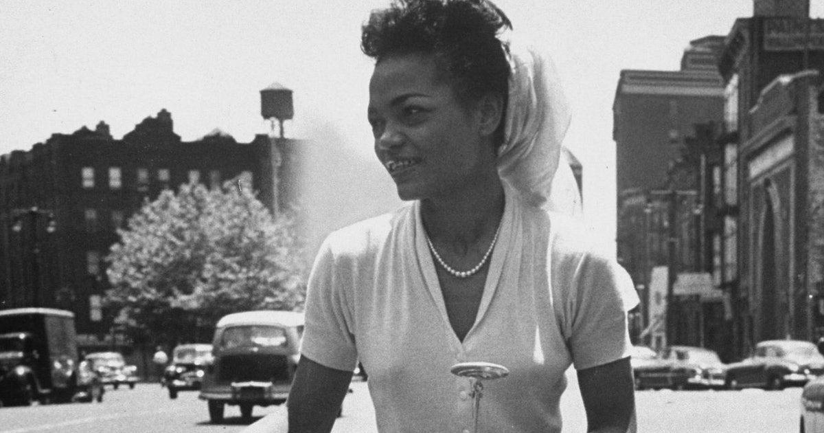These Iconic Black Women Redefined Fashion In The 20th Century