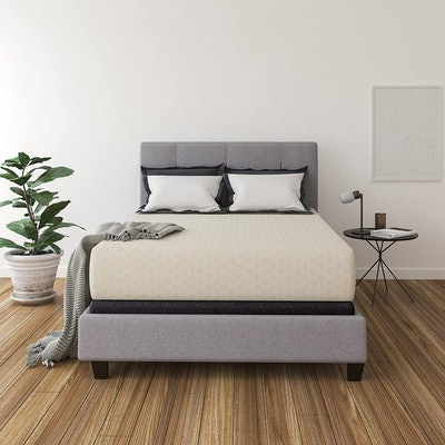 Signature Design by Ashley 12-Inch Queen Chime Express Foam Mattress