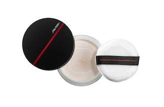 Synchro Skin Invisible Silk Loose Setting Powder