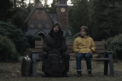 Jonas & his older save try to save Winden in 'Dark' Season 2 (via NETFLIX PRESS SITE)