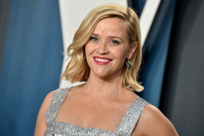 Reese Witherspoon attends the 2020 Vanity Fair Oscar Party hosted by Radhika Jones at Wallis Annenbe...