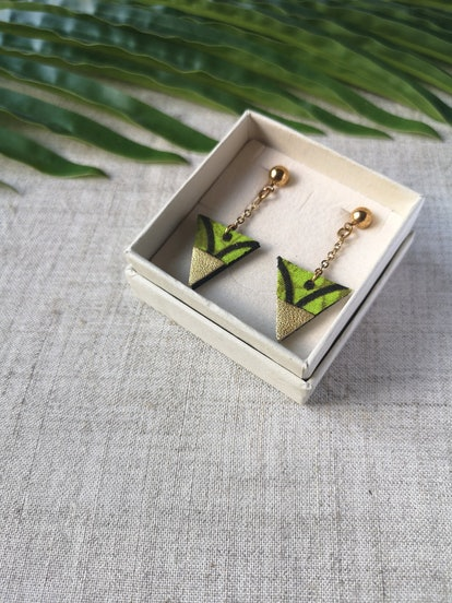 Adorness Jewelry Graphic Triangle Earring