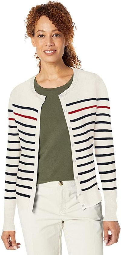 Amazon Essentials Lightweight Crewneck Cardigan Sweater