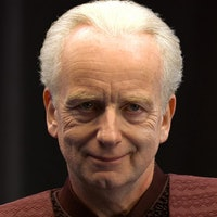 Star Wars theory: Palpatine almost balanced the Force, but failed for 1 reason