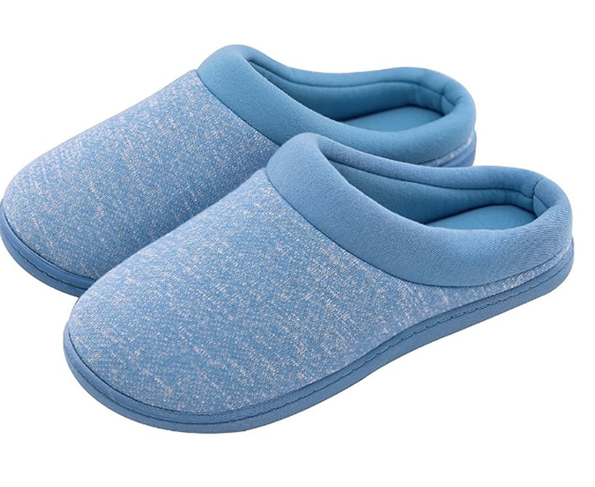 HomeTop Slip-On Memory Foam Slippers