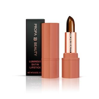 Fighter Luminous Satin Lipstick