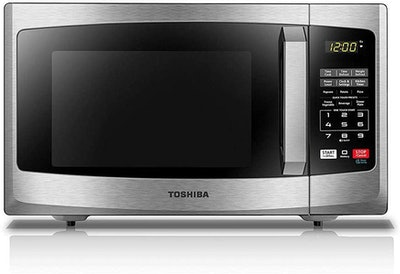 Toshiba Sound On/Off Smart Countertop Microwave Oven (0.9 Cubic Feet)