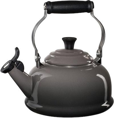 Le Creuset Enamel-on-Steel Whistling Teakettle (1.7 Quarts)