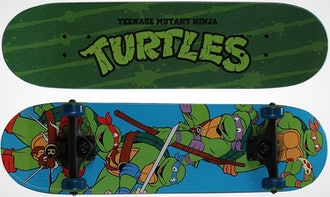 """PlayWheels Teenage Mutant Ninja Turtles 28"""" Skateboard"""
