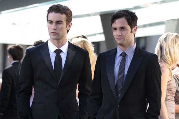 Penn Badgley and Chase Crawford reflected on 'Gossip Girl' in a reunion interview.