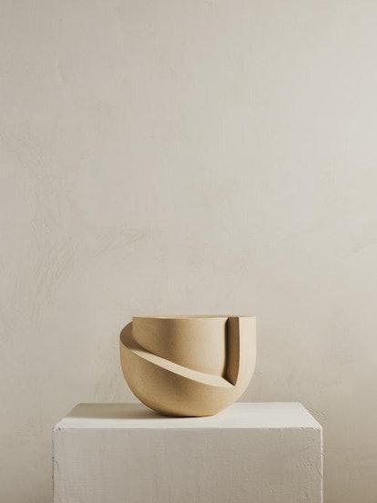 Vayu Ceramic Tabletop Planter