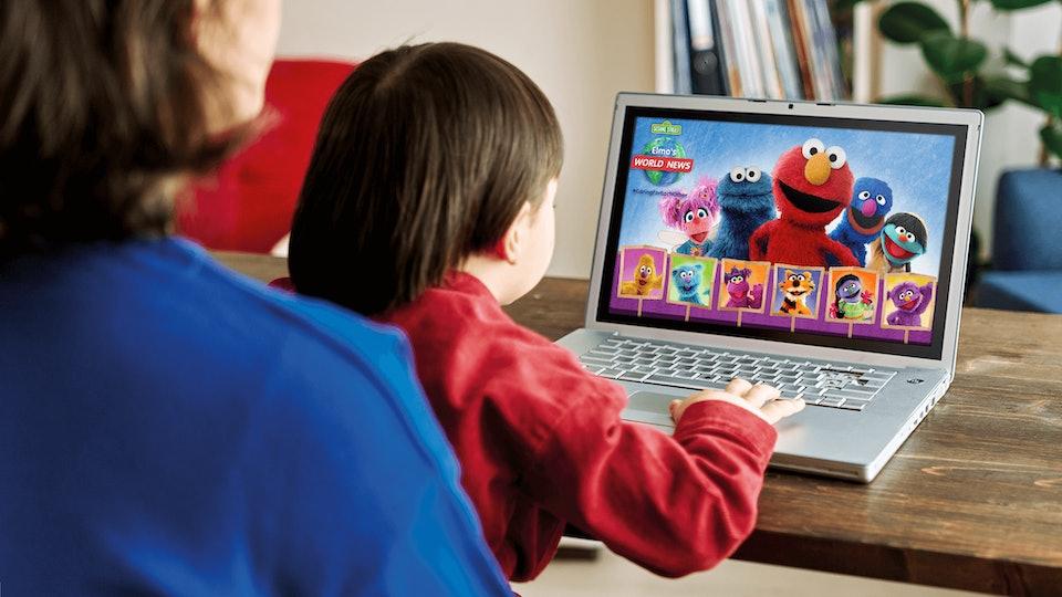 'Elmo's World News' helps kids with big emotions.
