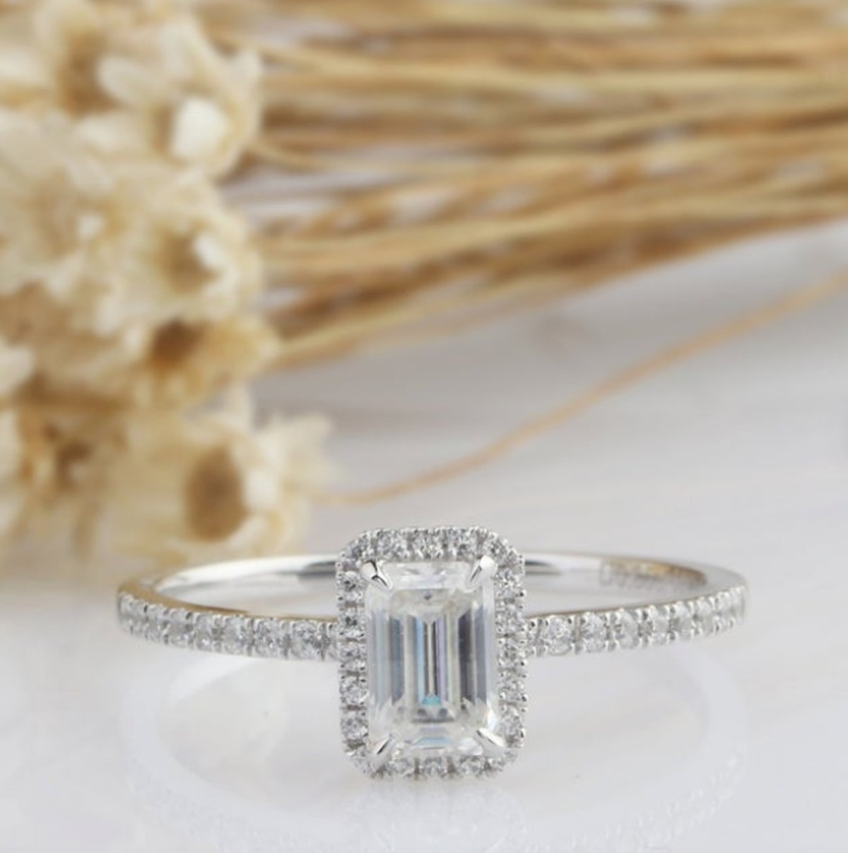 14K Solid Gold Ring/ 0.85CT Emerald Cut Simulated Diamond Wedding Ring/ Moissanite Engagement Ring/ Halo Anniversary Ring/ White Gold Ring